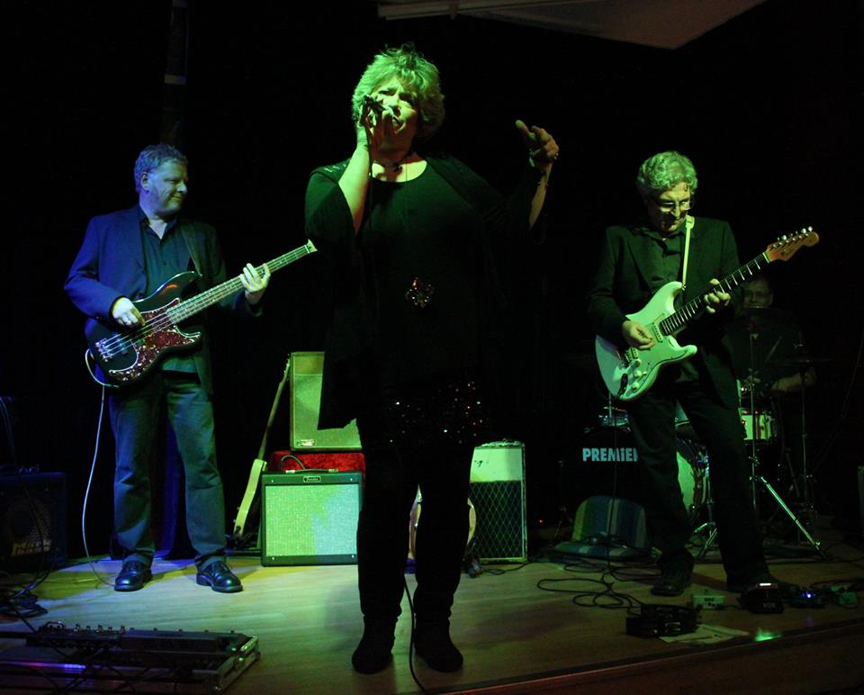 "Sehen Sie ""Savoy Bluesnacht die Vierte: Box of Pearls - Local Heroes im Savoy"" im Savoy Bordesholm"