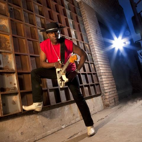 "Sehen Sie ""Black Rock Night Teil 2: Carvin Jones "" im Savoy Bordesholm"