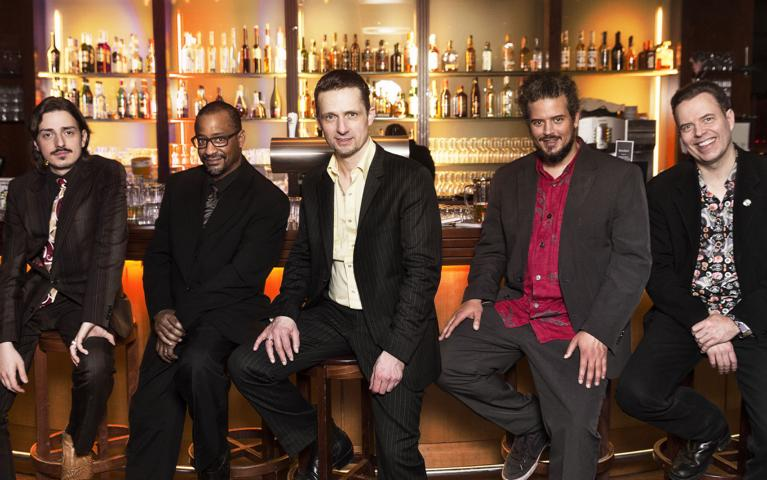 "Sehen Sie ""Kai Strauss & The Electric Blues Allstars"" im Savoy Bordesholm"