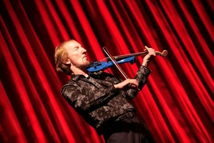 "Sehen Sie ""Mik Kaminski & Phil Bates ""The Blue Violin"" - Electric Light Orchestra goes Savoy"" im Savoy Bordesholm"